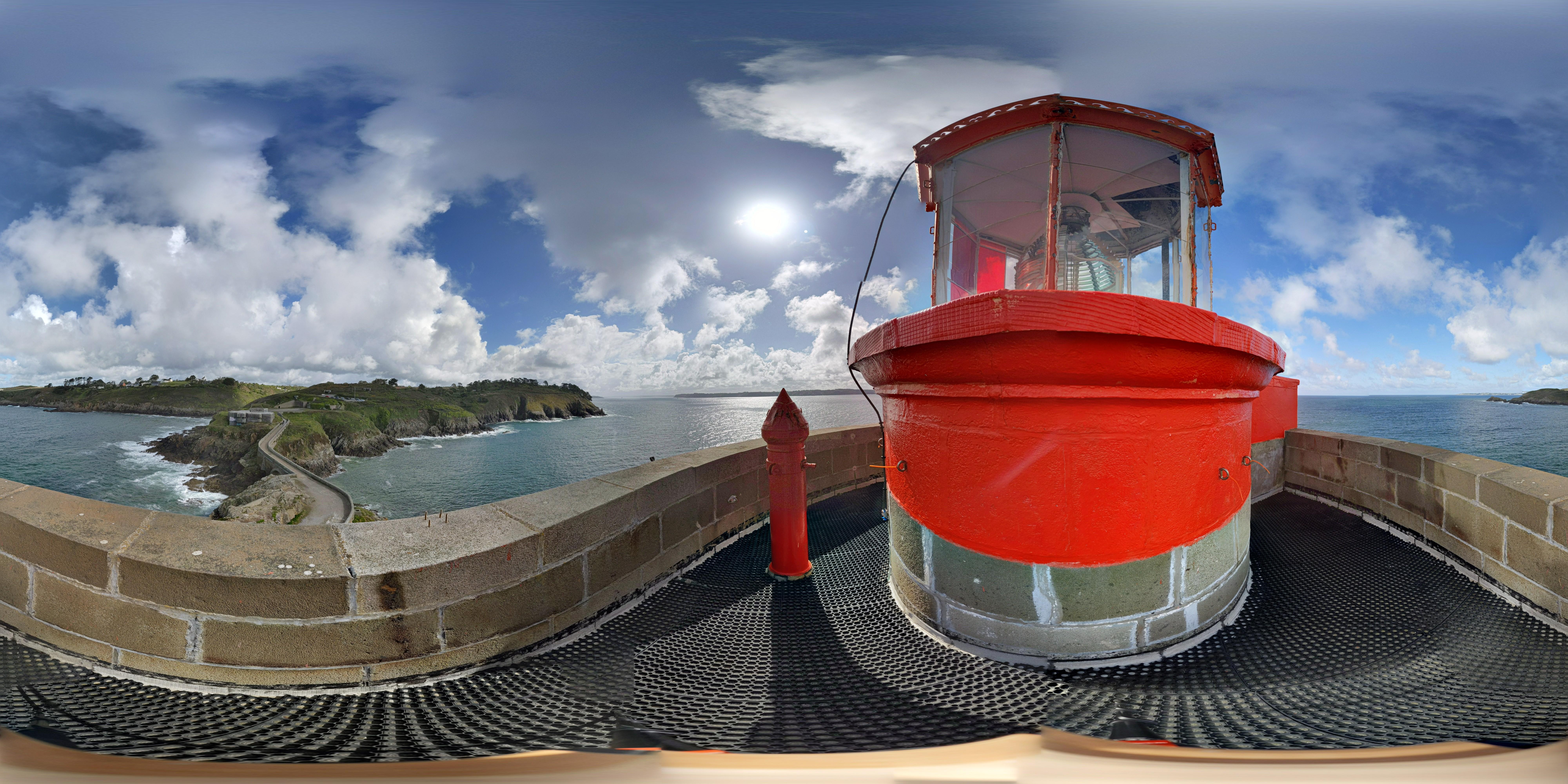 Visite panoramique à 360° de l'intérieur du phare du Petit-Minou