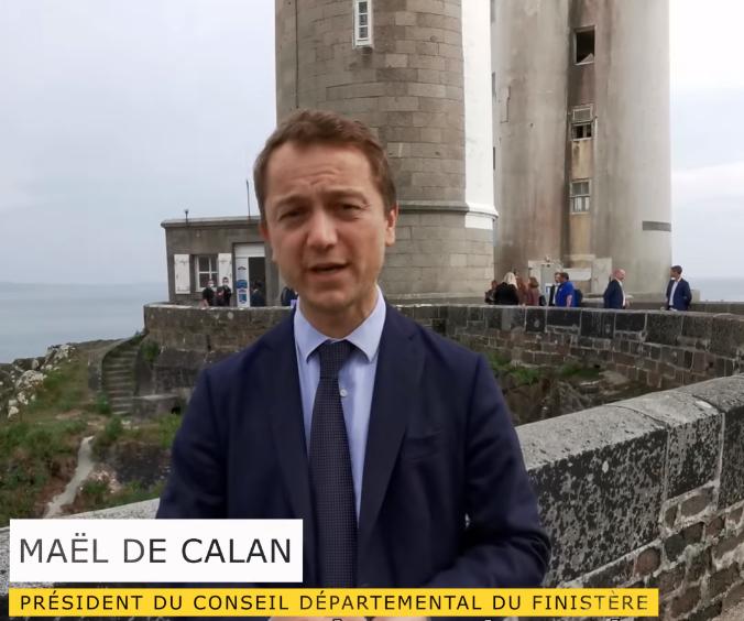 You are currently viewing Le Président du Département du Finistère lance la saison touristique au phare du Petit-Minou